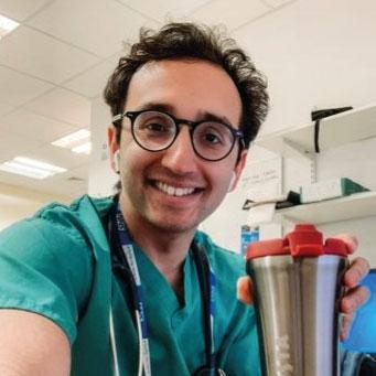 ali-abdaal-profile-picture-doctor.jpg